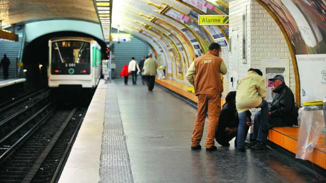 L'équipe du Recueil social de la RATP, composée d'une soixantaine d'agents.