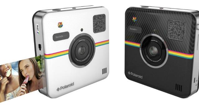 Le Socialmatic de Polaroid permet d'imprimer ses photos et de les partager sur les réseaux sociaux.