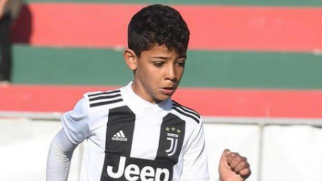 Cristianinho participe à un tournoi international avec la Juventus à Madère.