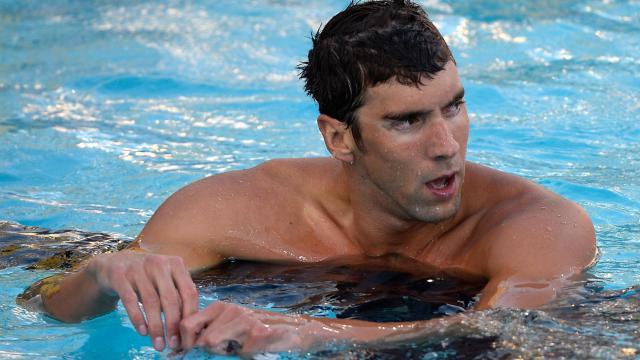 Michael Phelps à l'issue de la finale du 100 m nage libre des Championnats des Etats-Unis où il a fini 7e, le 6 août 2014 à Portland [Harry How / Getty/AFP]