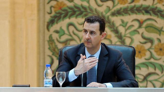 Photo fournie le 26 juin 2012 par l'agence syrienne Sana du président Bachar al-Assad à Damas [- / SANA/Sana/AFP/Archives]