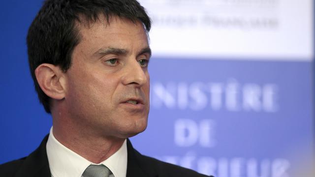 Le ministre de l'Intérieur, Manuel Valls, le 17 juin 2013 à Paris [Jacques Demarthon / AFP]