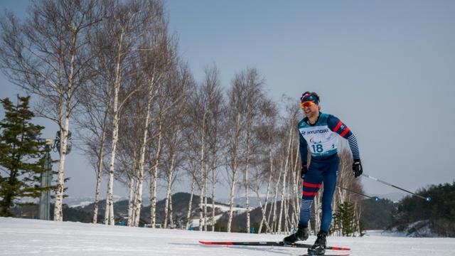 Le Français Benjamin Daviet lors de l'épreuve du 20 km libre de ski de fond aux Jeux Paralympiques d'Hiver de Pyeonchang, le 12 mars 2018  [Bob MARTIN / OIS/IOC/AFP]