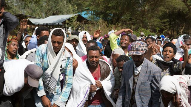 Obsèques le 17 décembre 2015 dans le village de Yubdo d'un homme tué lors de manifestations dans la région d'Oromia [ZACHARIAS ABUBEKER / AFP]