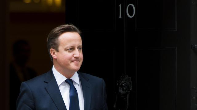 David Cameron sort du 10 Downing Street le 18 septembre 2013 (image d'illustration)