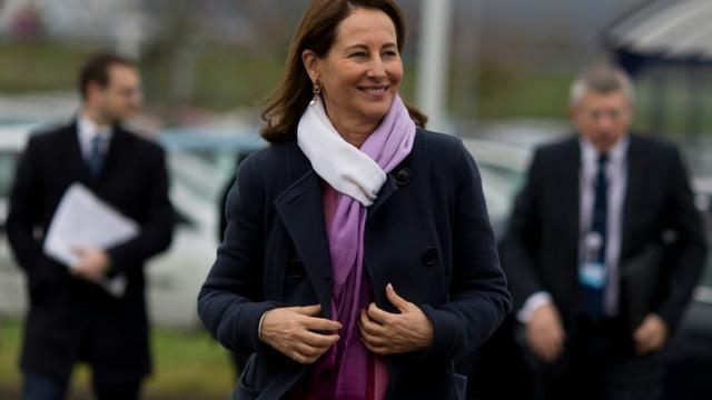 La ministre de l'Environnement Ségolène Royal aux Mureaux, dans les Yvelines, le 5 février 2016 [KENZO TRIBOUILLARD / AFP/Archives]