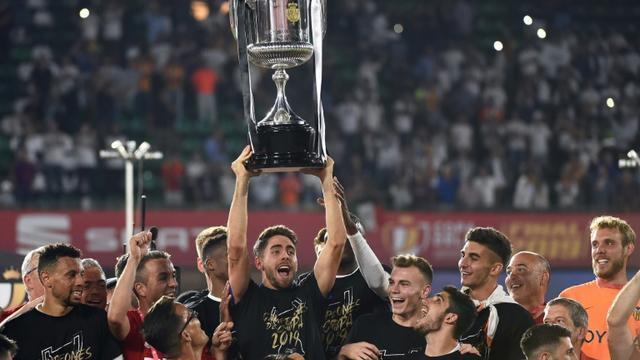 Valence remporte la Coupe du Roi en battant le FC Barcelone 2-1 le 25 mai 2019 à Séville [JOSE JORDAN                    / AFP]