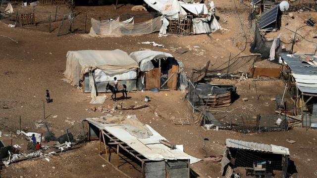 Une photo prise le 4 juillet 2018 montre une partie du village bédouin palestinien de de Khan al-Ahmar, en Cisjordanie occupée [Ahmad GHARABLI / AFP/Archives]
