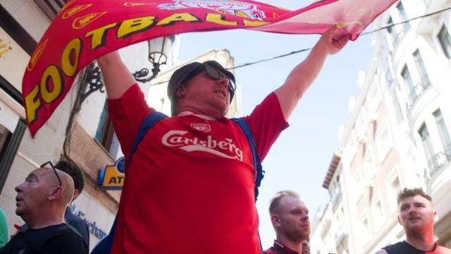 Un supporter de Liverpool à Madrid, le 31 mai 2019, à la veille de la finale de Ligue des champions contre Tottenham [CURTO DE LA TORRE / AFP]