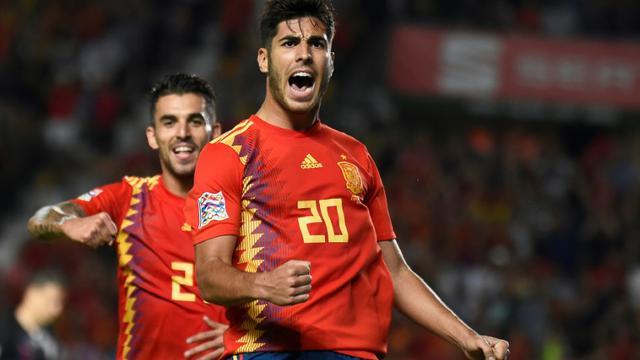 Le milieu de terrain de l'Espagne Marco Asensio (d) buteur lors de la victoire face à la Croatie 6-0 en 2e journée de Ligue des nations le 11 septembre 2018 [JOSE JORDAN / AFP]