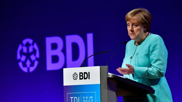 La Chancelière allemande Angela Merkel, los d'un discours devant des industriels, le 20 juin 2017 à Berlin [TOBIAS SCHWARZ / AFP]