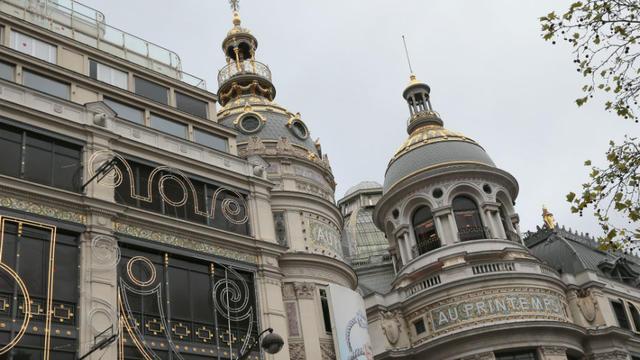 Le boulevard Haussmann fait partie de l'une des neuf ZTI parisiennes, où il est permis à tous les commerces d'ouvrir le dimanche.