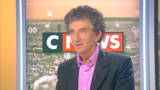 Jack Lang critique la saleté de Paris