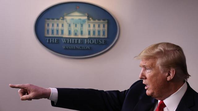Le Washington Post a rapporté que Donald Trump et le Congrès avaient ignoré les rapports des agences de renseignement américaines à partir de janvier.