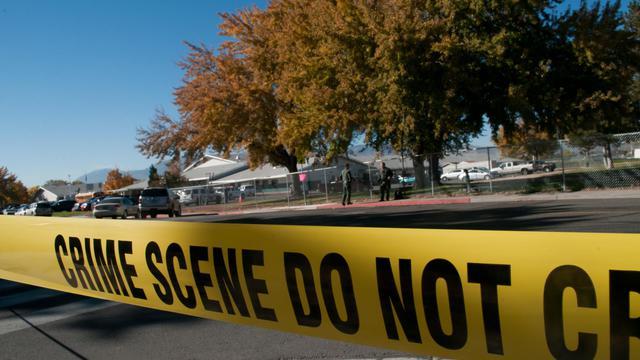 Un ruban de police autour de l'école de Sparks, dans le Nevada, où un enseignant a été tué le 21 octobre 2013 [David Calvert / Getty Images/AFP]