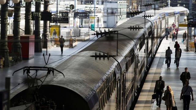 """Plus des deux tiers des Français estiment que la réforme de la SNCF envisagée par le gouvernement est """"bonne pour l'avenir"""" de l'entreprise [Joël SAGET / AFP/Archives]"""