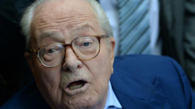 Jean-Marie Le Pen s'exprime lors d'une conférence de presse à Marseille le 5 septembre 2015 [BORIS HORVAT / AFP]