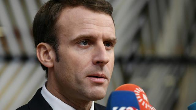 Emmanuel Macron s'adresse à la presse le 25 novembre 2018 à Bruxelles [Philippe LOPEZ / AFP]