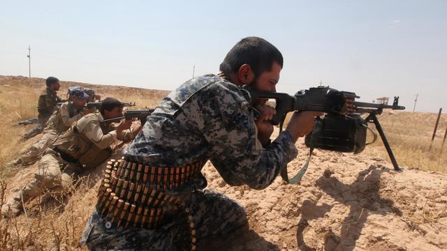 Des combattants opposés au jihadistes, le 23 juillet 2014 en Irak [Amer al-Saadi / AFP/Archives]