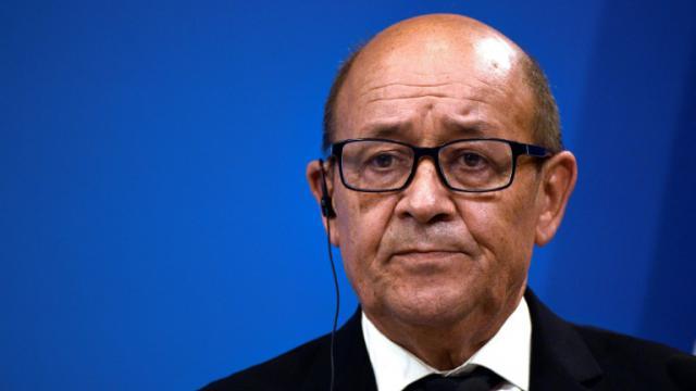 Le ministre de la Défense Jean-Yves Le Drian le 25 octobre 2016 à Paris [MARTIN BUREAU / AFP/Archives]