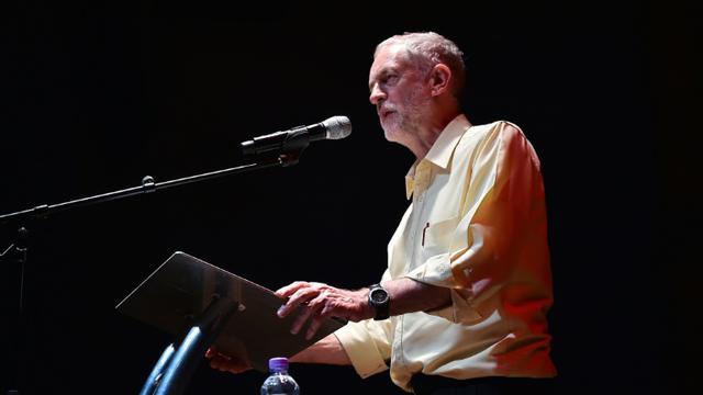 Le chantre de la gauche radicale  du parti travailliste Jeremy Corbin lors d'un meeting à Londres, le 10 septembre 2015 [Ben Stensall / AFP]