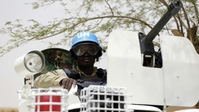Patrouille de soldats de l'ONU à Kidal, le 27 juillet 2013 [KENZO TRIBOUILLARD / AFP/Archives]
