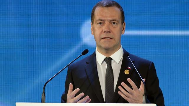 Le Premier ministre russe Dmitri Medvedev lors du Forum annuel de la Coopération économique pour l'Asie-Pacifique (Apec) à Manille le 18 novembre 2015 [PUNIT PARANJPE / POOL/AFP/Archives]