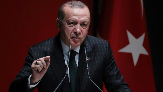 """Le président turc Recep Tayyip Erdogan a annoncé mercredi le lancement """"dans les prochains jours"""" d'une nouvelle offensive en Syrie contre des milices kurdes [ADEM ALTAN / AFP/Archives]"""