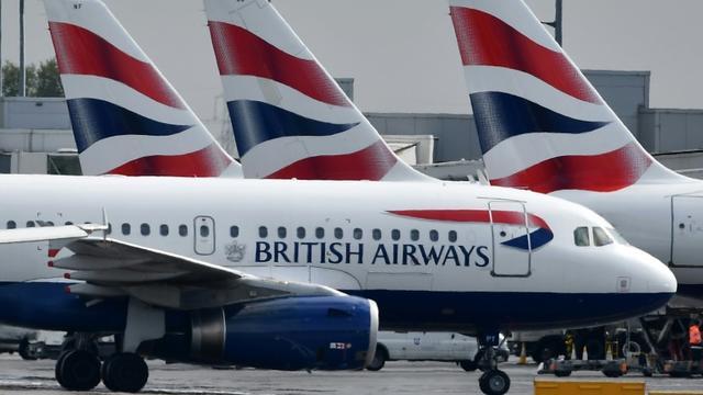 Des avions de la compagnie British Airways sur le tarmac de l'aéroport de Londres, le 3 mai 2019 [BEN STANSALL / AFP/Archives]