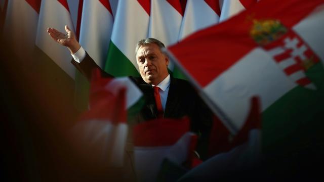 Le Premier ministre hongrois Viktor Orban prononce son dernier discours de campagne à Szekesfehervar, le 6 avril 2018 [FERENC ISZA / AFP]