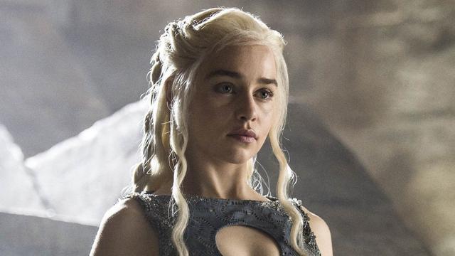 «Sidérée», Emilia Clarke a reconnu n'avoir «absolument pas vu venir» cette fin pour son personnage Daenerys.