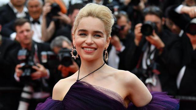 L'actrice Emilia Clarke, qui interprète Daenerys dans la série Game of Thrones, fait partie du casting cinq étoiles du court-métrage.