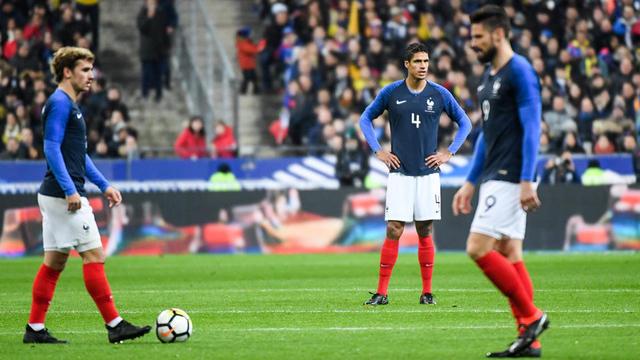 Les Tricolores sont en manque d'un meneur d'hommes à moins de trois mois de la Coupe du monde en Russie.