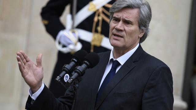 Stéphane Le Foll à la sortie du Conseil des ministres le 4 janvier 2015 à l'Elysée à Paris  [LIONEL BONAVENTURE / AFP]
