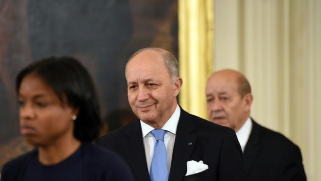 Le ministre des Affaires étrangères Laurent Fabius et le ministe de la Défense Jean-Yves Le Drian le 24 novembre 2015 à Washington [NICHOLAS KAMM / AFP/Archives]