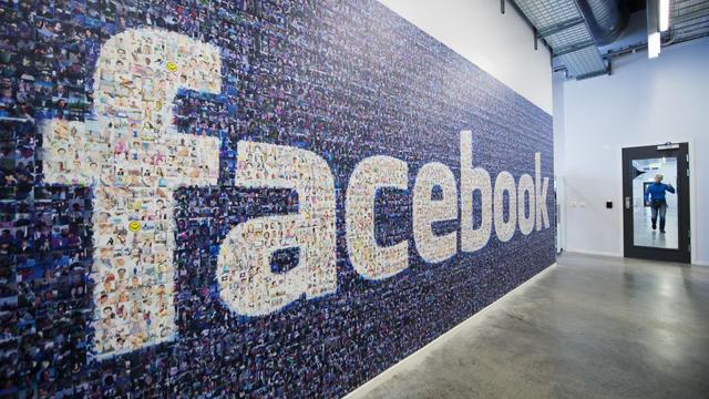 L'étude se base sur la croissance du nombre d'utilisateurs Facebook, leur profil sociologique et le taux de mortalité moyen des Américains.