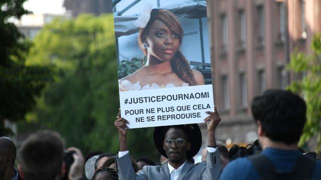 Le frère de Naomi Musenga demande justice pour sa soeur lors d'une marche silencieuse à Strasbourg, le 16 mai 2018 [FREDERICK FLORIN / AFP/Archives]
