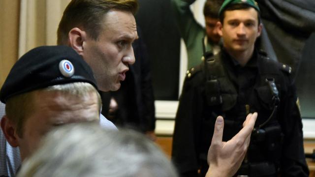 L'opposant numéro un à Vladimir Poutine, Alexei Navalny, au tribunal le 2 octobre 2017 à Moscou  [Vasily MAXIMOV  / AFP/Archives]