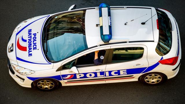 """Le suspect est """"connu des services de police et de la justice pour de la petite délinquance"""" [Philippe Huguen / AFP]"""