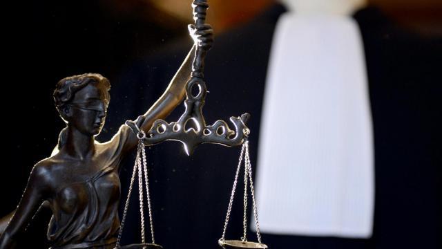 Le premier rendez-vous avec un avocat est gratuit au cabinet Coll.
