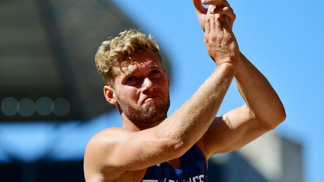 Kevin Mayer, dépité, à l'issue du saut en longueur, aux Championnats d'Europe d'athlétisme, à Berlin, le 7 août 2018 [Andrej ISAKOVIC / AFP]