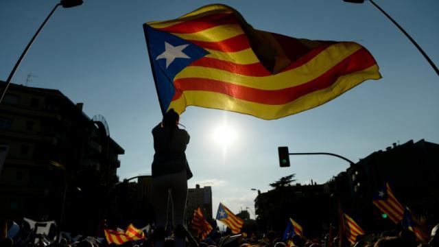 Des partisans de l'indépendance de la Catalogne dans les rues de Barcelone, le 11 septembre 2016  [JOSEP LAGO / AFP]