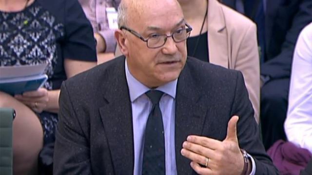 Le directeur général d'Oxfam, Mark Goldring, comparaît comme témoin devant une commission parlementaire à Londres, le 20 février 2018 [HO / PRU/AFP]