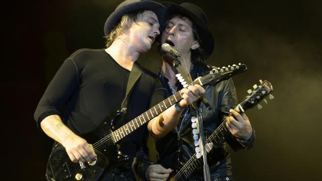 Carl Barât et Pete Doherty  au festival Rock en Seine le 29 août 2015 à Saint-Cloud [BERTRAND GUAY / AFP]