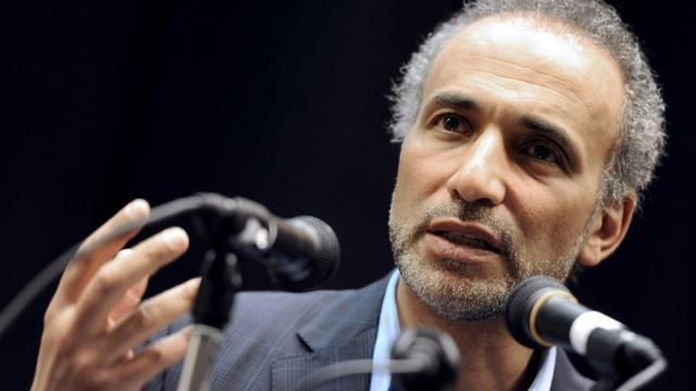 L'intellectuel musulman Tariq Ramadan lors d'une conférence en mars 2012 [Mehdi FEDOUACH / AFP/Archives]