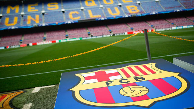 Le FC Barcelone a détrôné le Real Madrid avec des revenus records.