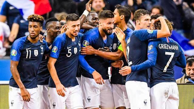 Les Bleus occupent la deuxième place de leur groupe avec quatre points d'avance sur l'Islande.