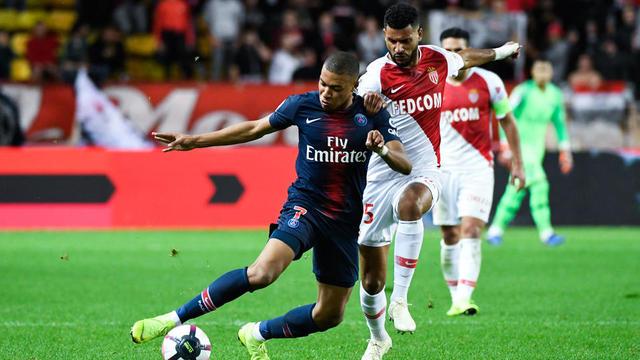 Kylian Mbappé et les Parisiens se sont largement imposés au match aller en Principauté (0-4).