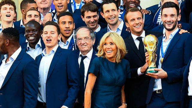 Florian Thauvin a croisé Brigitte Macron dans un restaurant à Marseille.