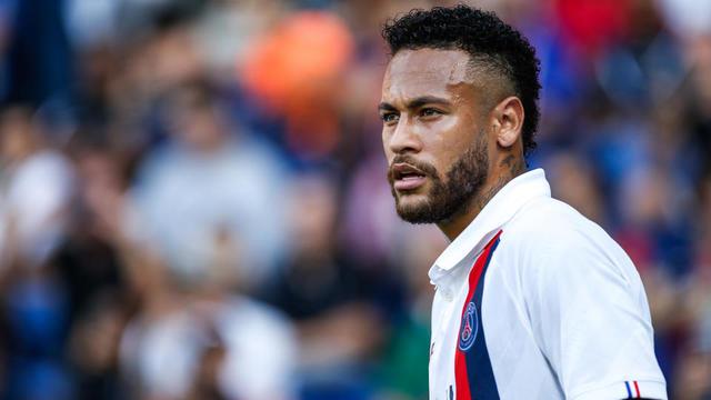Le portrait de Neymar a été dressé par l'artiste sénégalais Boubou Niang.